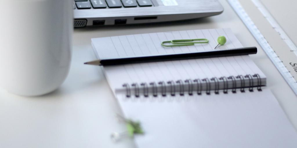 11 LinkedIn Profile Tips & Tricks for B2B Sales Representatives
